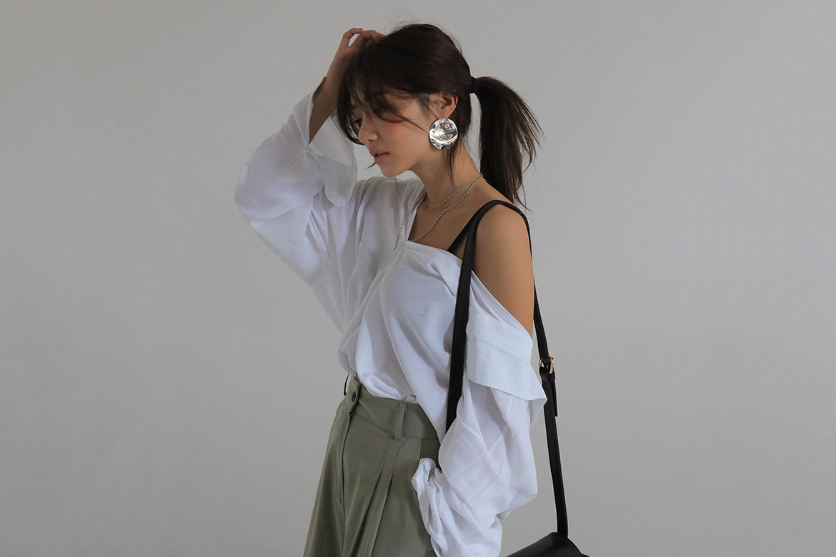 Cowl back point white shirt
