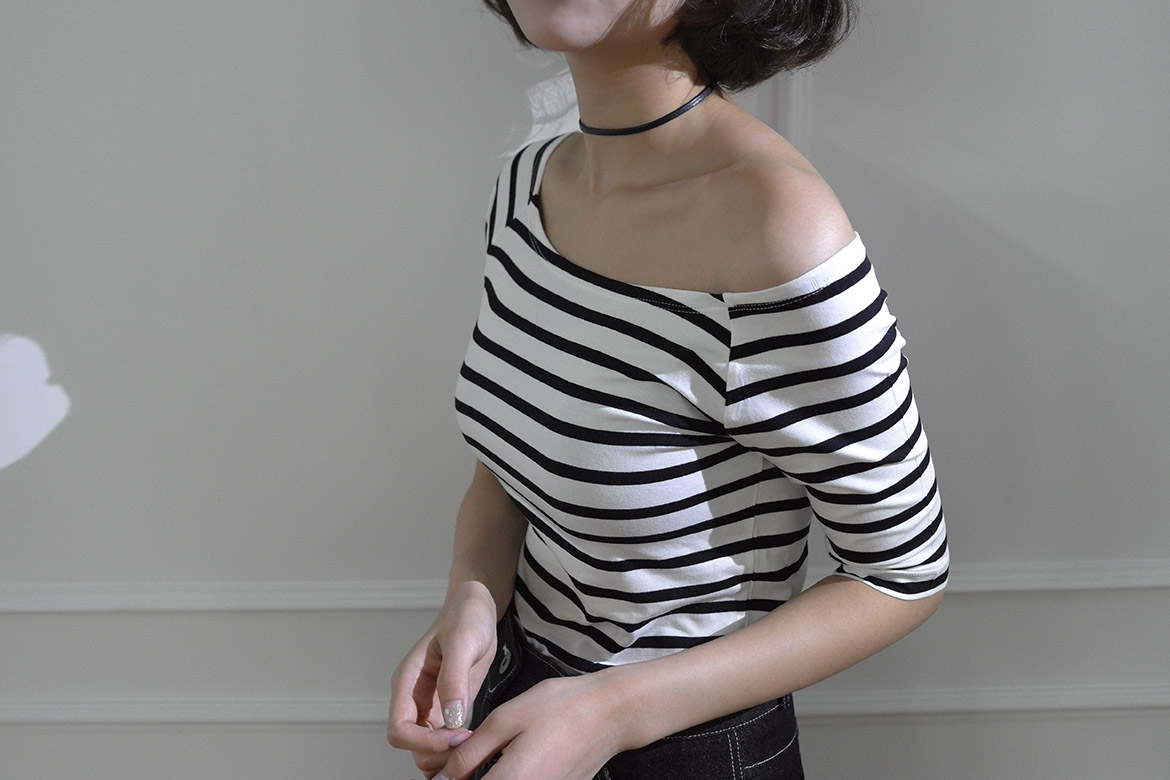 self off shoulder stripe t