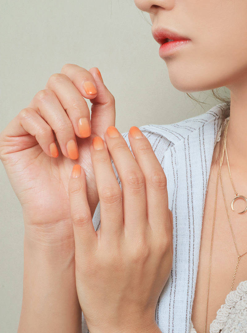 3CE TAKE A LAYER LAYERING NAIL LACQUER #SOFT ORANGE